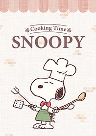 สติ๊กเกอร์ไลน์ชุด Snoopy ได้เวลาทำอาหาร